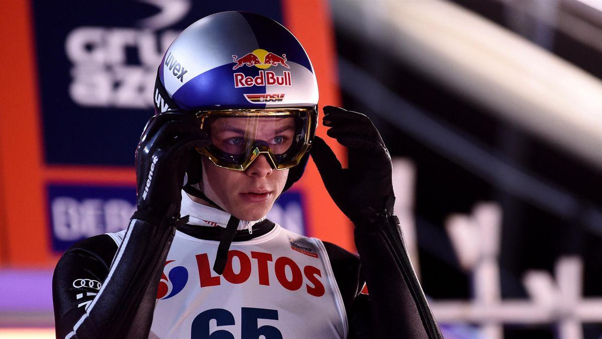 Andreas Wellinger feiert beim Saisonauftakt in Wisla sein Weltcup-Comeback