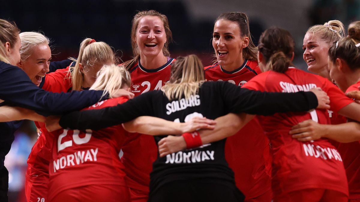 Håndballjentene briljerte i åpningskampen i OL