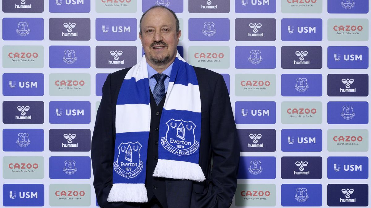 Rafael Benitez poses for a photo after becoming manager of Everton