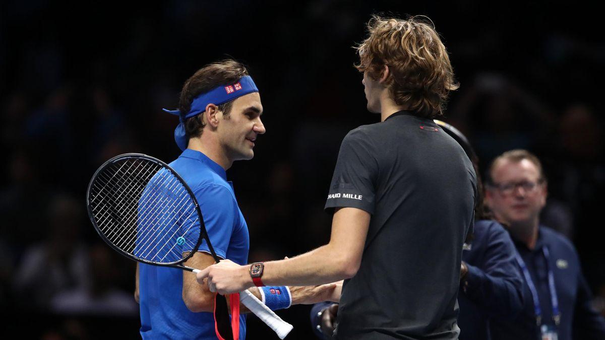 Roger Federer et Alexander Zverev lors de la 1/2 finale du Masters