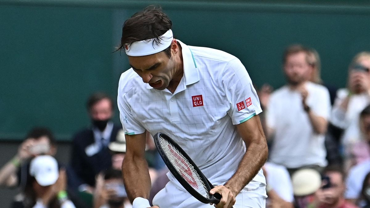 Roger Federer már-már Rafa Nadalt idéző ökölrázása győzelmét követően.