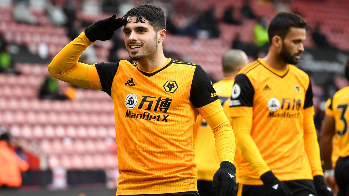 Pedro Neto of Wolverhampton Wanderers celebrates with teammates after scoring their team's second goal during the Premier League match between Southampton and Wolverhampton Wanderers