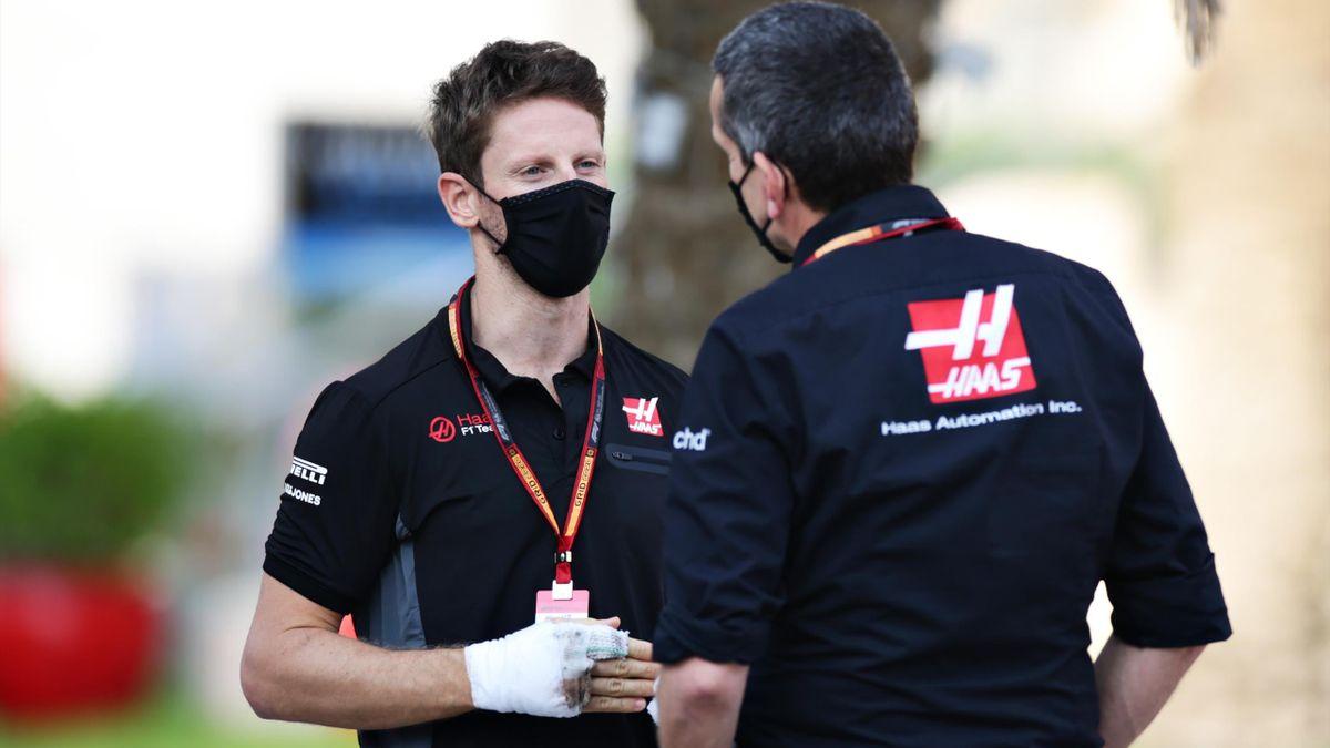 Romain Grosjean en discussions avec Guenther Steiner.