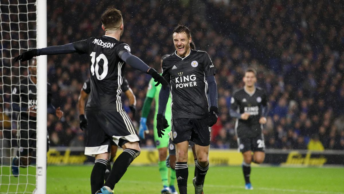 Jamie Vardy of Leicester City celebrates after scoring his team's second goal during the Premier League match against Brighton & Hove Albion at American Express Community Stadium on November 23, 2019 in Brighton, United Kingdom.