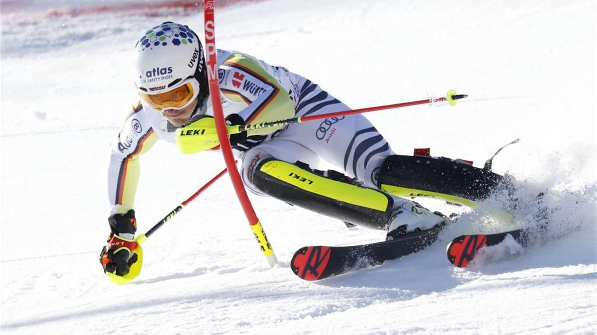 Linus Straßer im Slalom