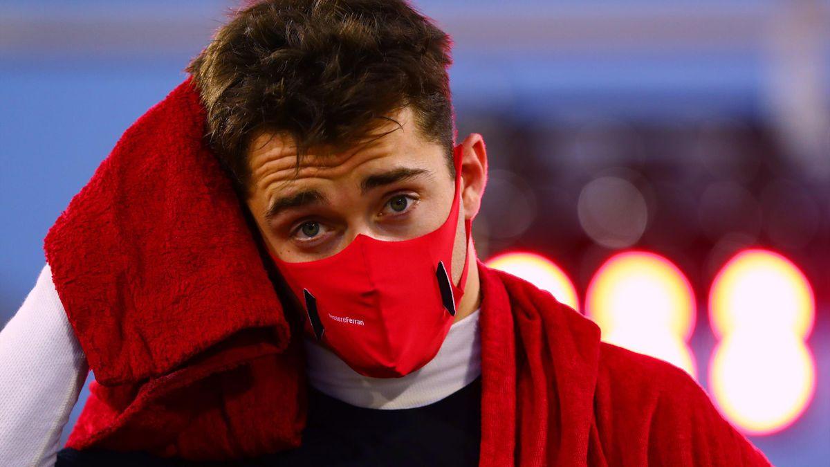 Ferrari-Pilot Charles Leclerc wurde für seinen Crash mit Sergio Pérez beim Großen Preis von Sakhir bestraft