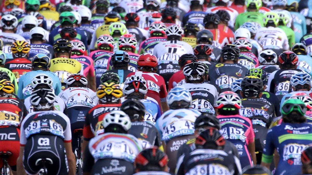 Riders in the peloton climb up the iconic Sutton Bank during the third stage of the Tour de Yorkshire cycling race on May 5, 2018 in Thirsk, United Kingdom