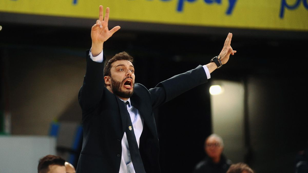 Paolo Galbiati head coach of Fiat talks over during the match semifinal of Coppa Italia between Vanoli Cremona and Auxilium Fiat Torino at Mandela Forum on February 17, 2018 in Florence, Italy.