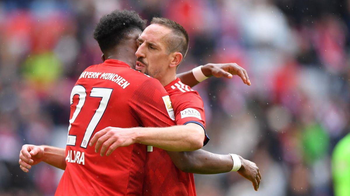 Frühere Weggefährten beim deutschen Rekordmeister: David Alaba (FC Bayern) und Franck Ribéry (AC Florenz)