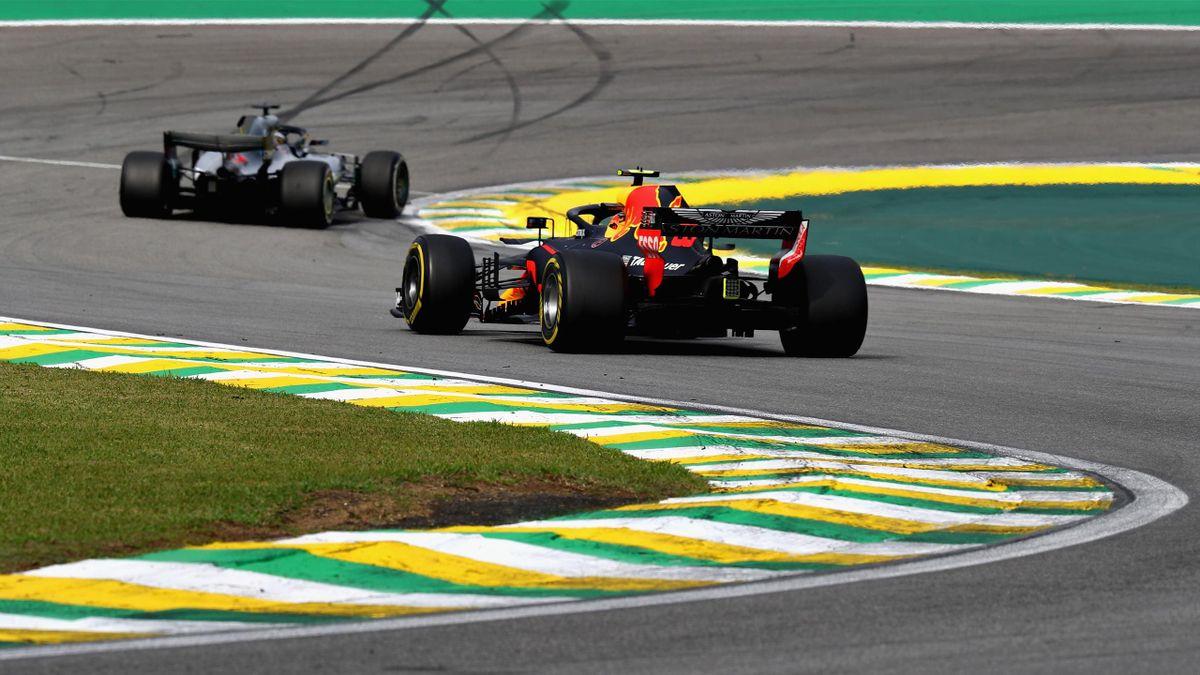 Max Verstappen (Red Bull) et Lewis Hamilton (Mercedes) au Grand Prix du Brésil 2018