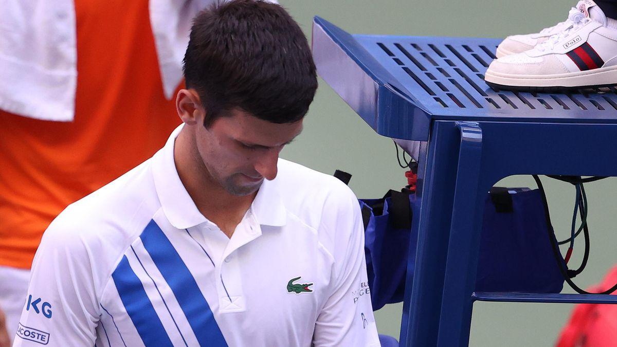Novak Djokovic Fined 10 000 Following Us Open Disqualification Eurosport