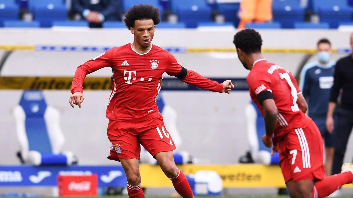Leroy Sané (links) und Serge Gnabry | FC Bayern München