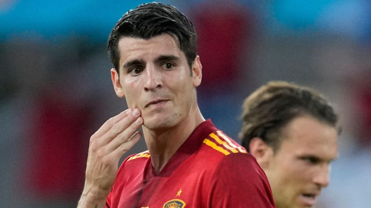 Spain's forward Alvaro Morata reacts after missing a chance during the UEFA EURO 2020 Group E football match between Spain and Sweden at La Cartuja Stadium in Sevilla on June 14, 2021