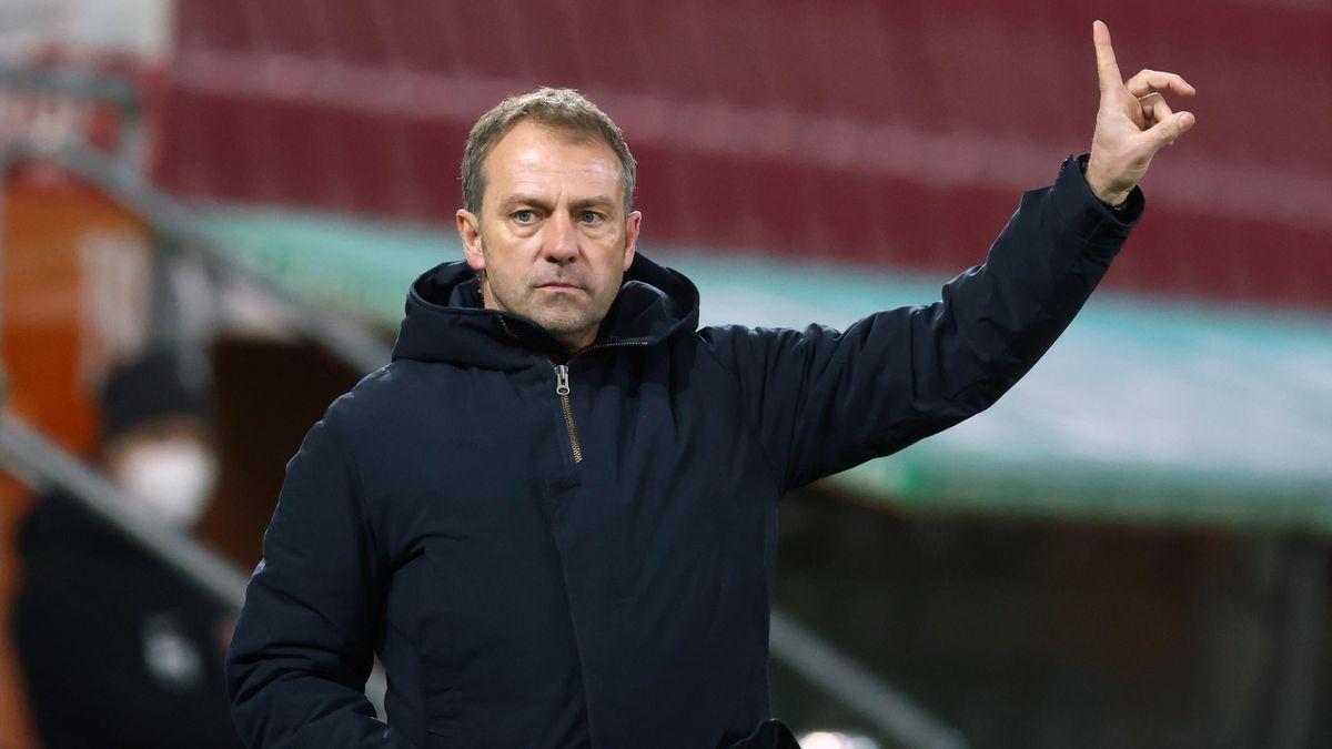 Bayern-Trainer Hansi Flick will gegen AfD-Politiker Johannes Huber juristisch vorgehen