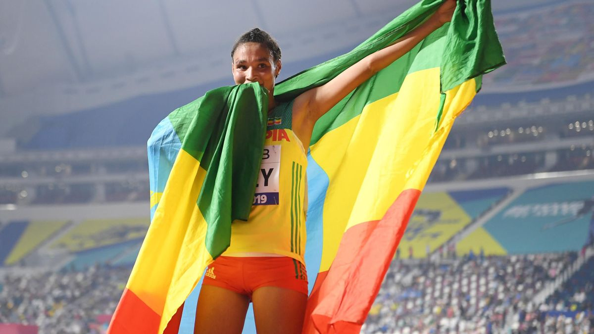 Letesenbet Gidey of Ethiopia celebrates winning silver in the Women's 10,000 Metres final during day two of 17th IAAF World Athletics Championships Doha 2019