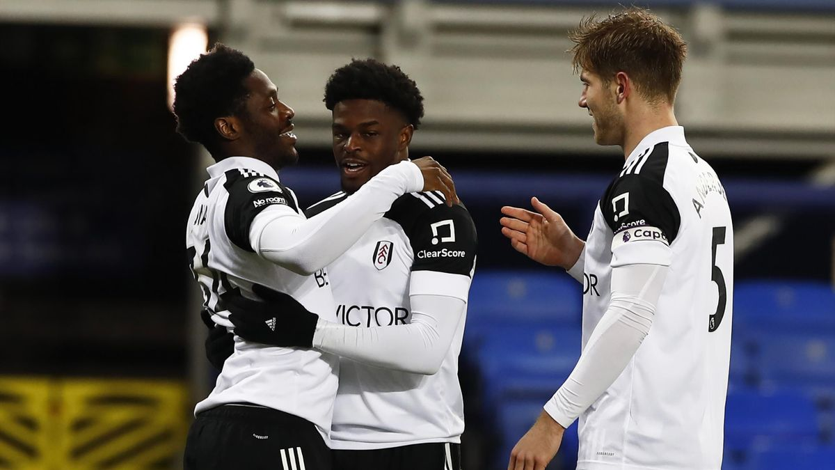 Josh Maja of Fulham celebrates