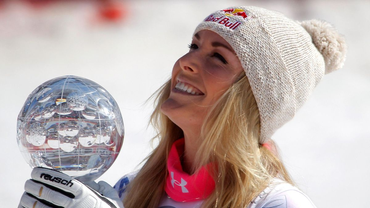 Lindsey Vonn with a trophy