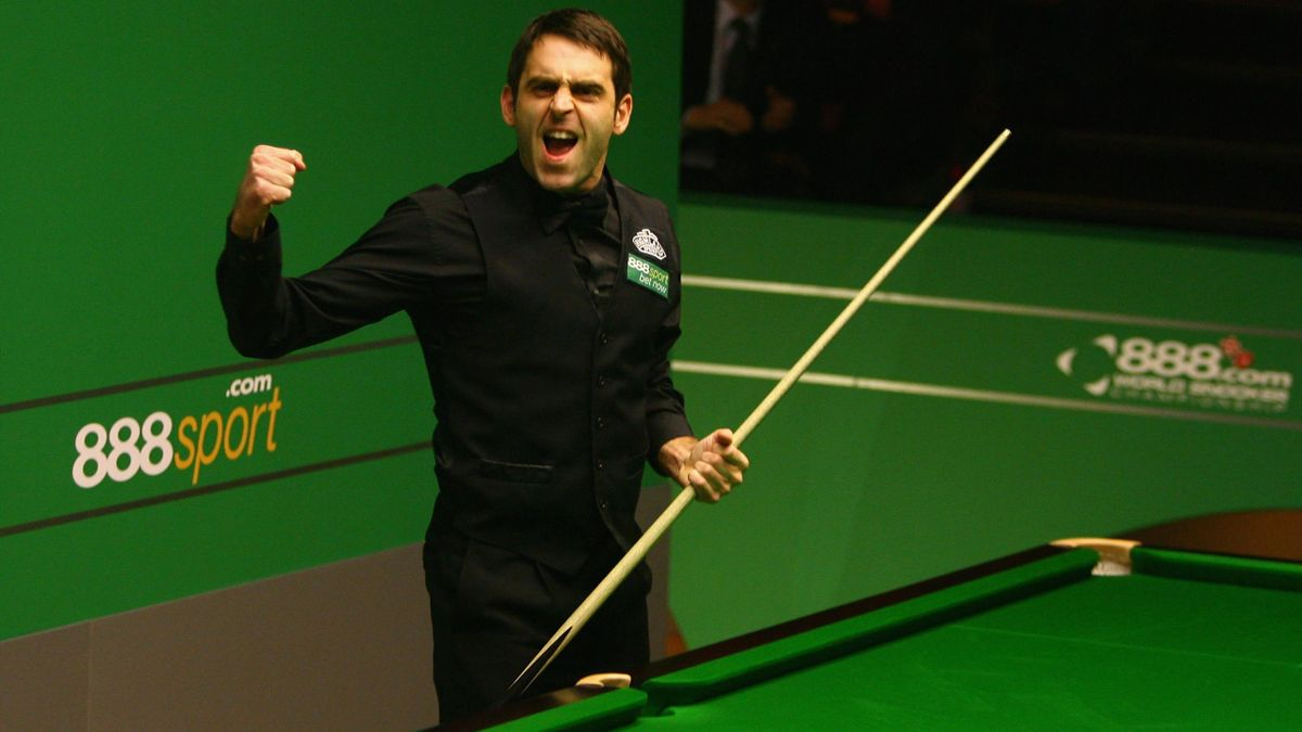 Ronnie O'Sullivan celebrates his 147 in 2008.