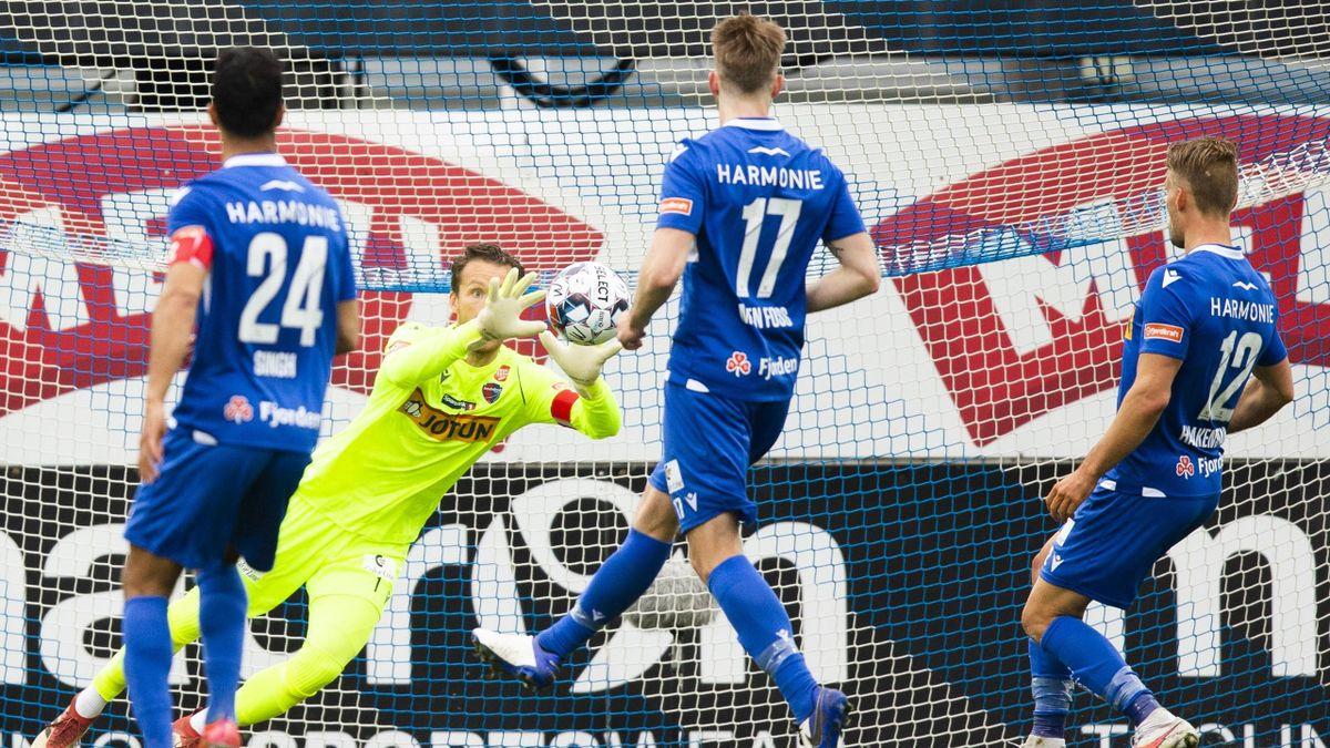 Sandefjords keeper Jacob Storevik i eliteseriekampen mellom Sandefjord og Mjøndalen på Release arena.