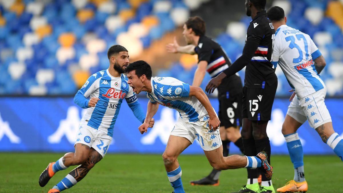 Hirving-Lozano esulta in Napoli-Sampdoria