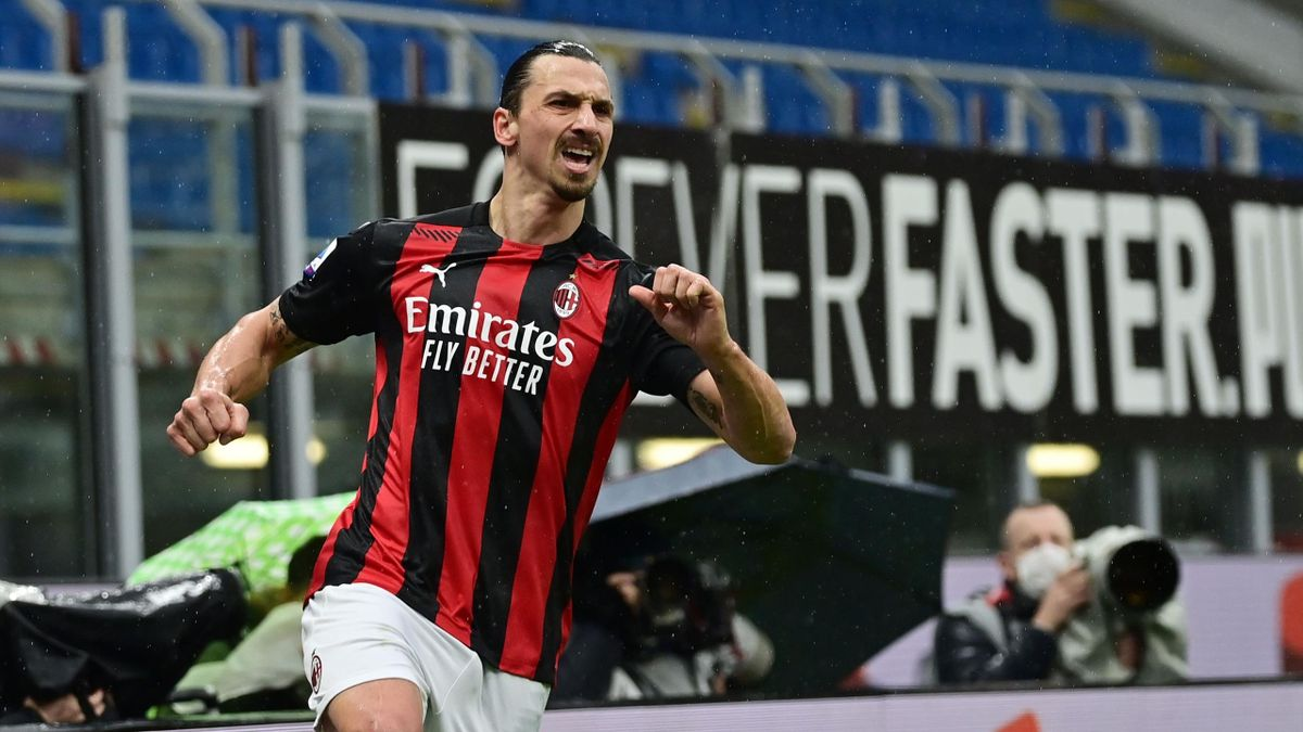 Zlatan Ibrahimovic scores 500th goal as AC Milan move top - Eurosport