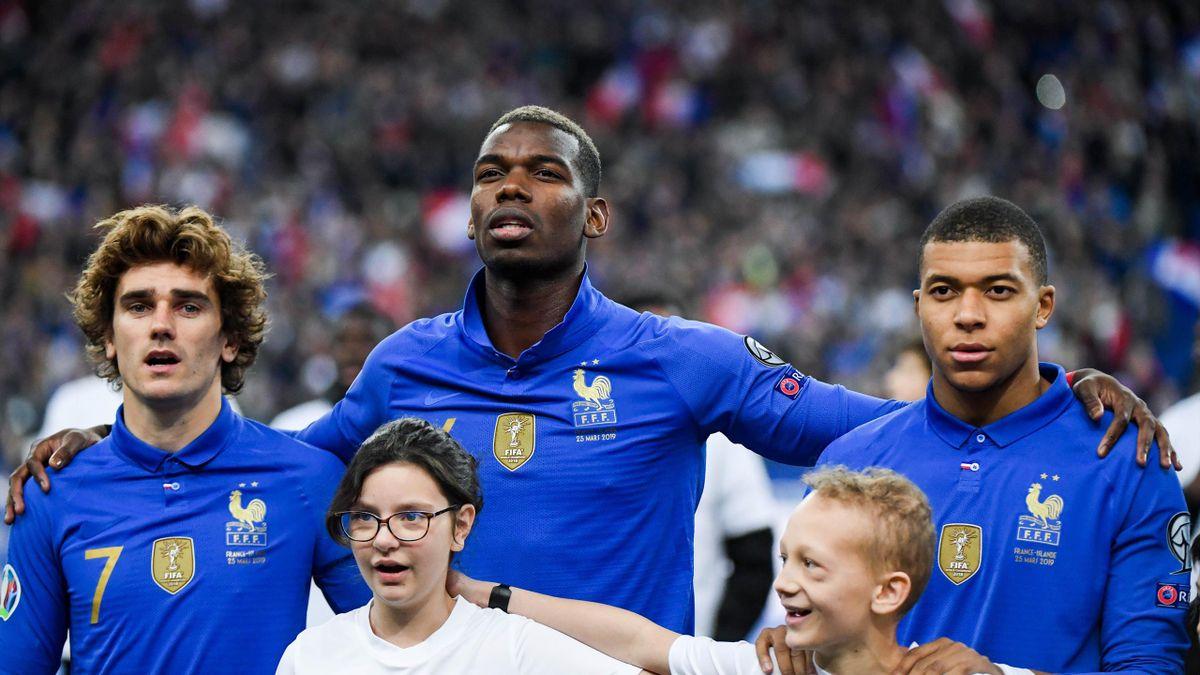 Pogba, Griezmann et Mbappé (France) face à l'Islande