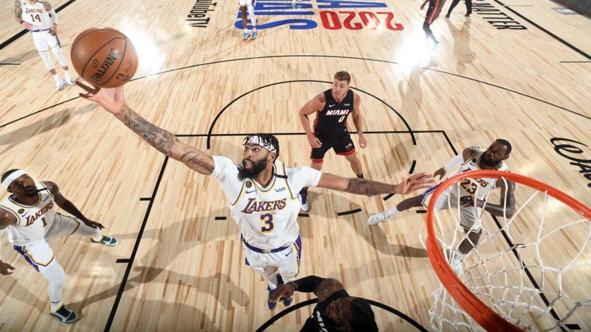 Anthony Davis (Lakers) en finale de playoffs face à Miami.