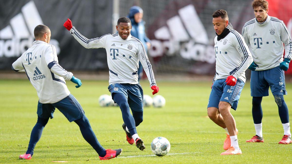 Der FC Bayern München steigt wieder ins Mannschaftstraining ein