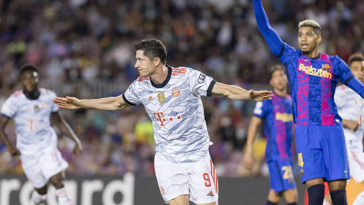 Роберт Левандовский в матче «Барселона» – «Бавария»