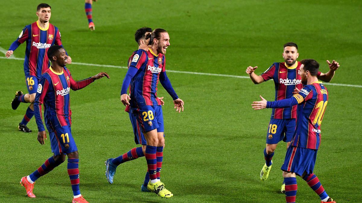 Jubel beim FC Barcelona: Die Katalanen gewannen ihr Heimspiel gegen SD Huesca