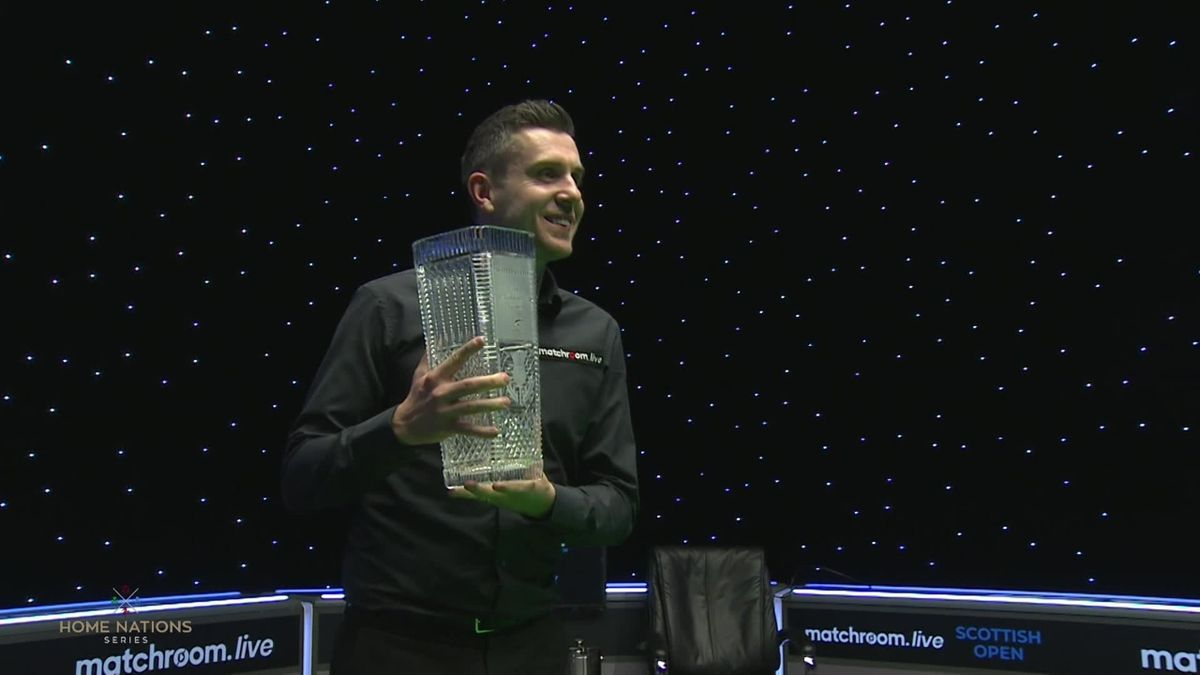Scottish Open final - Selby v O'Sullivan : trophy and reaction