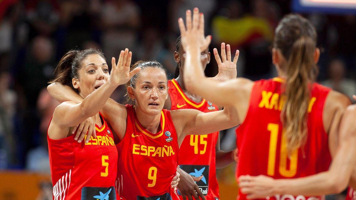 Jugadoras de la selección femenina de baloncesto (España)