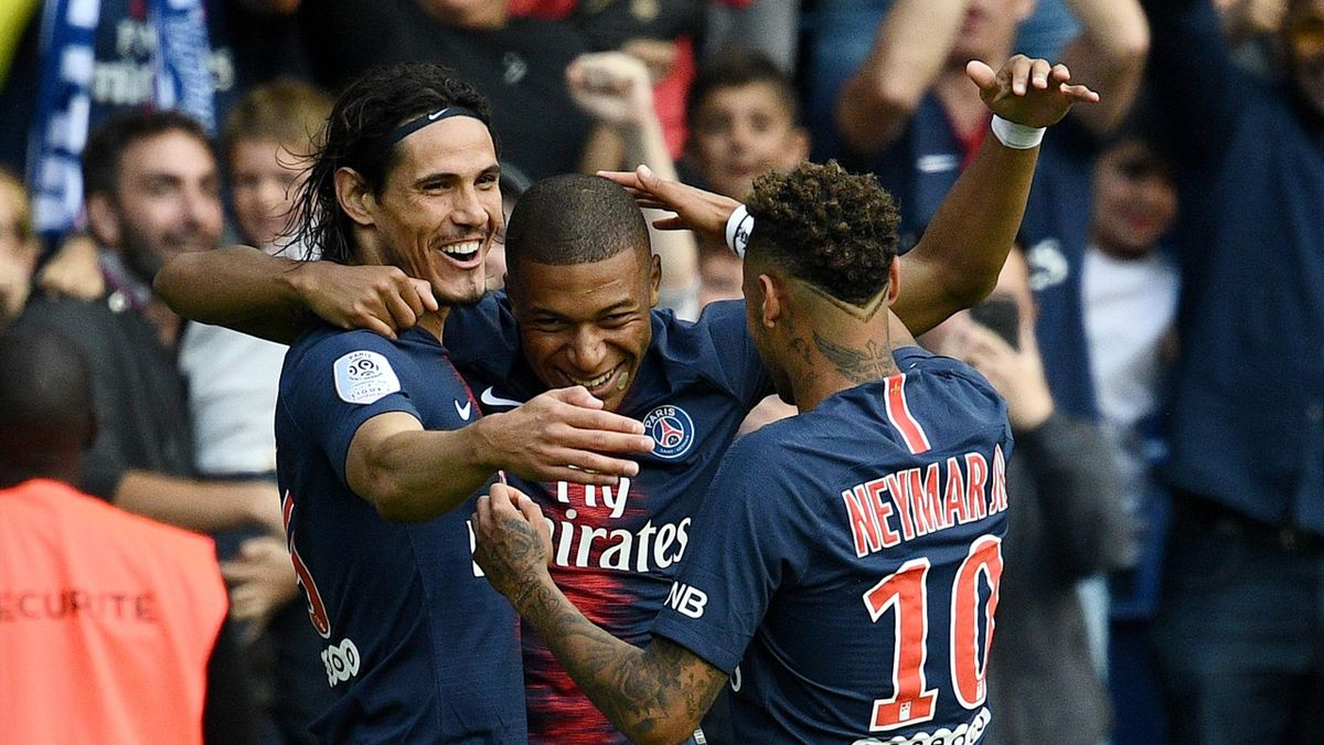 Neymar, Mbappé y Cavani, durante el PSG-Angers