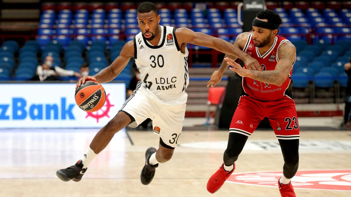 Norris Cole, #30 of LDLC Asvel Villeurbanne in action during the 2020/2021 Turkish Airlines EuroLeague Regular Season round 2 match between AX Armani Exchange Milan and LDLC Asvel Villeurbanne