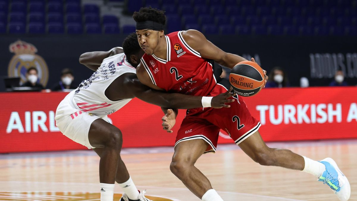 Zach Leday, #02 of AX Armani Exchange Milan competes with Usman Garuba, #16 of Real Madrid during the 2020/2021 Turkish Airlines EuroLeague Regular Season Round 18 match between Real Madrid and AX Armani Exchange Milan at Wizink Center on January 08, 2021