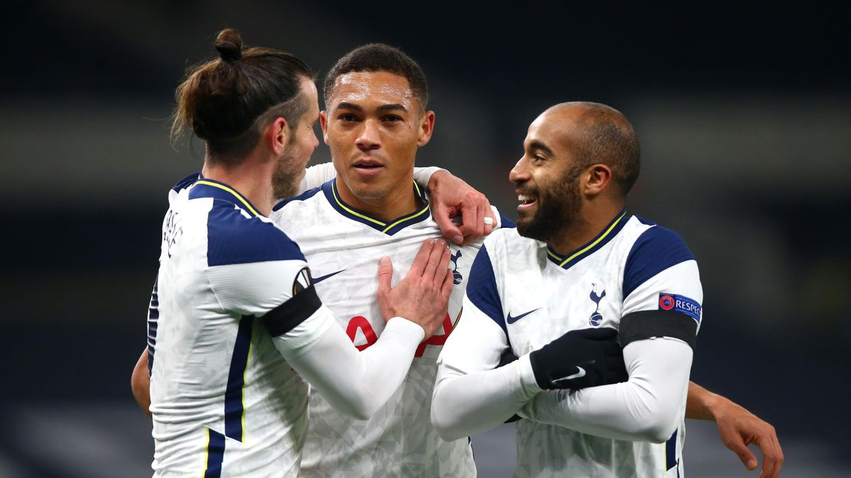 carlos vinícius of Tottenham Hotspur celebrates scoring his teams first goal during the UEFA Europa League Group J stage match between Tottenham Hotspur and PFC Ludogorets Razgrad at Tottenham Hotspur Stadium