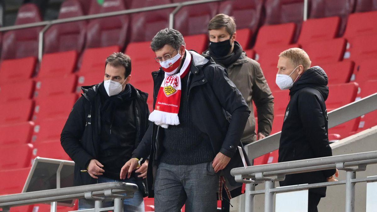 Claus Vogt (vorne) ist der einzige Präsidentschaftskandidat beim VfB Stuttgart