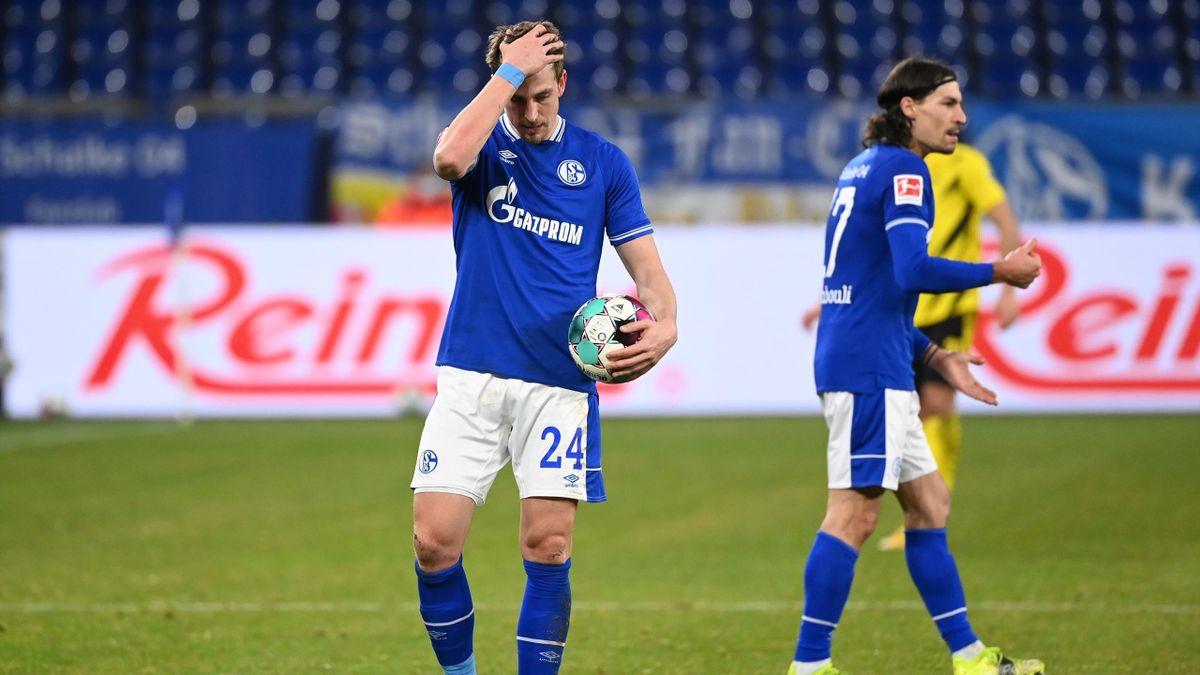 Bastian Oczipka (links) und Benjamin Stambouli - FC Schalke 04