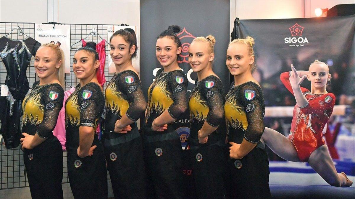 Squadra ginnastica artistica italiana ai mondiali 2019 (foto ufficiale da sito federazione Simone Ferraro)