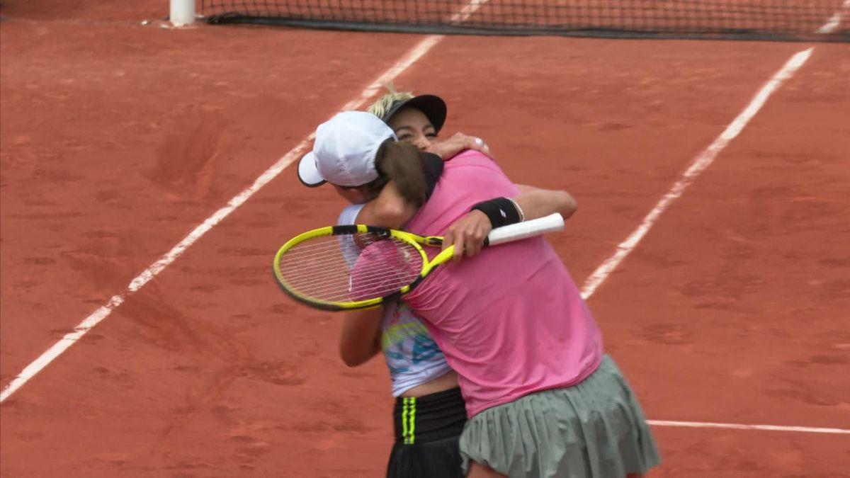 Roland-Garros: Match point Hsieh/Mertens v Mattek-Sands/Swiatek