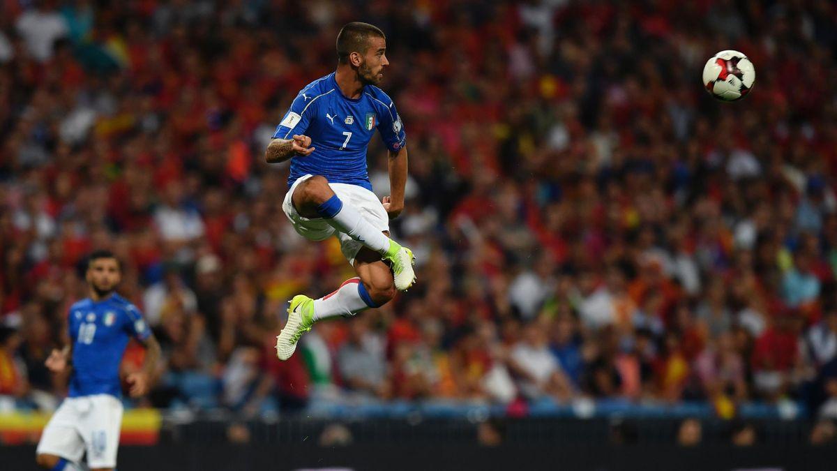 Italy's midfielder Leonardo Spinazzola
