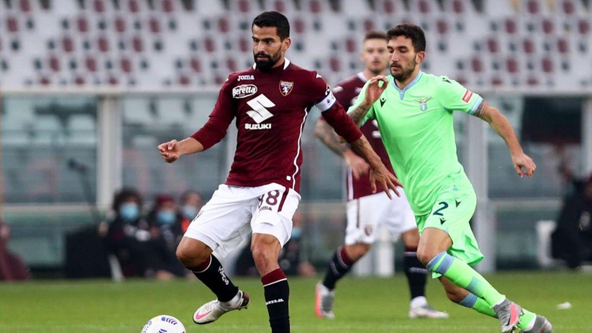 Tomas Rincon in azione durante Torino-Lazio Serie A 2020-21