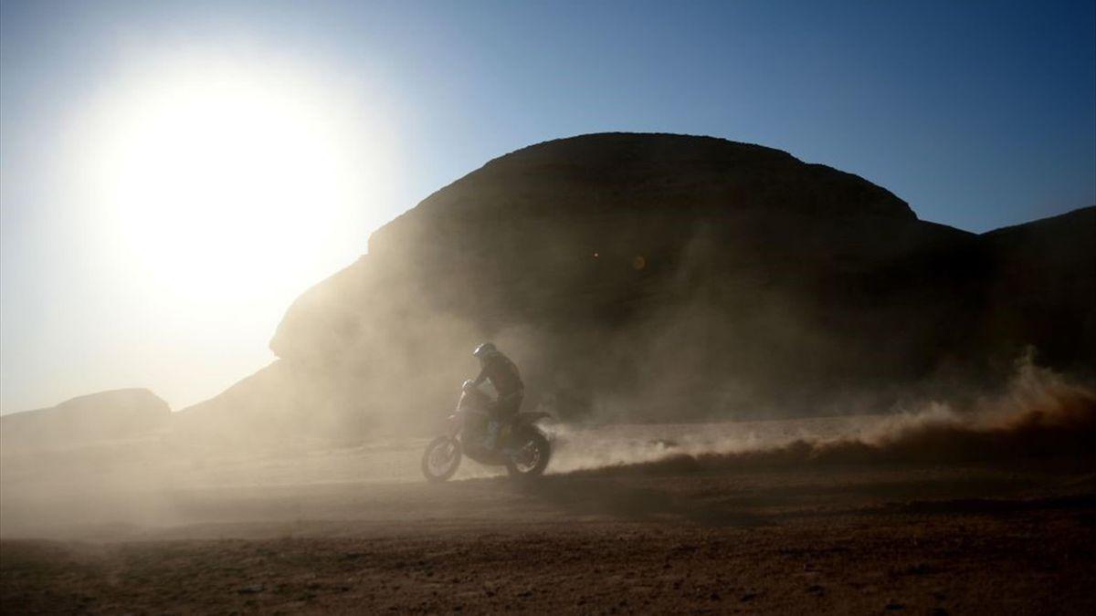 Motard lors de l'étape 5 du Dakar 2020