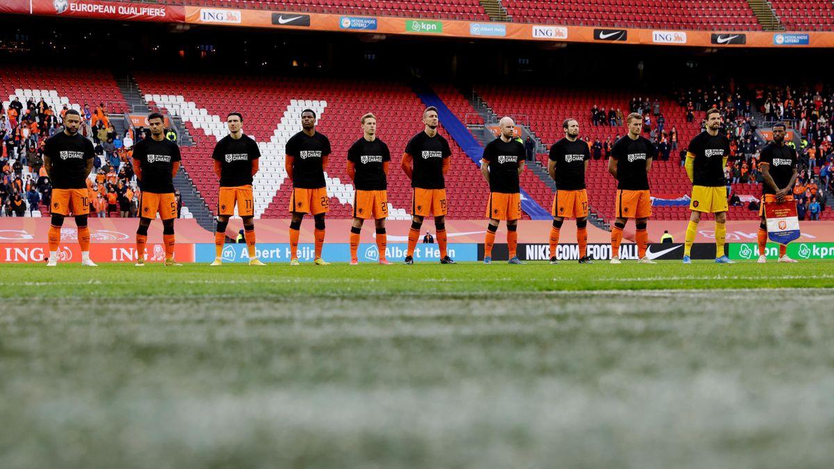 L'équipe des Pays-Bas face à la Lettonie