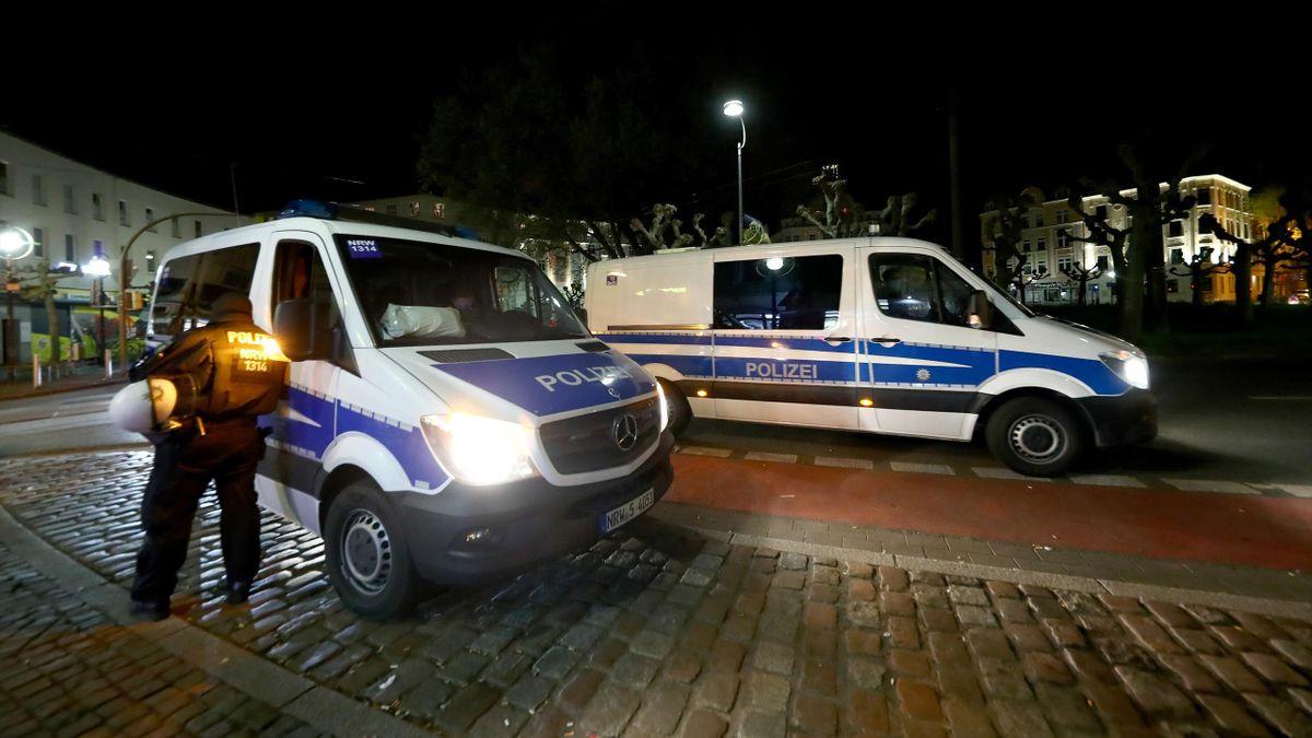 Die Dortmunder Polizei musste bei der Pyro-Party am Borsigplatz eingreifen