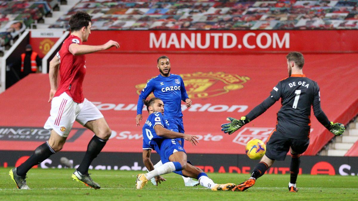 Evertons Dominic Calvert-Lewin (2.v.l.) trifft zum Ausgleich bei Manchester United