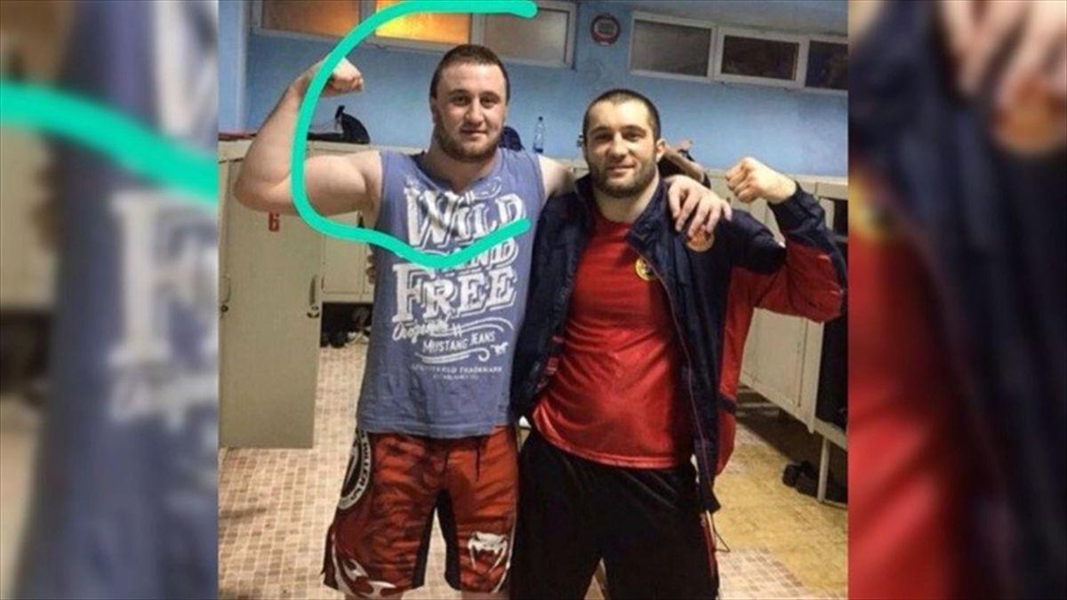 Керим Хайрулаев (слева)