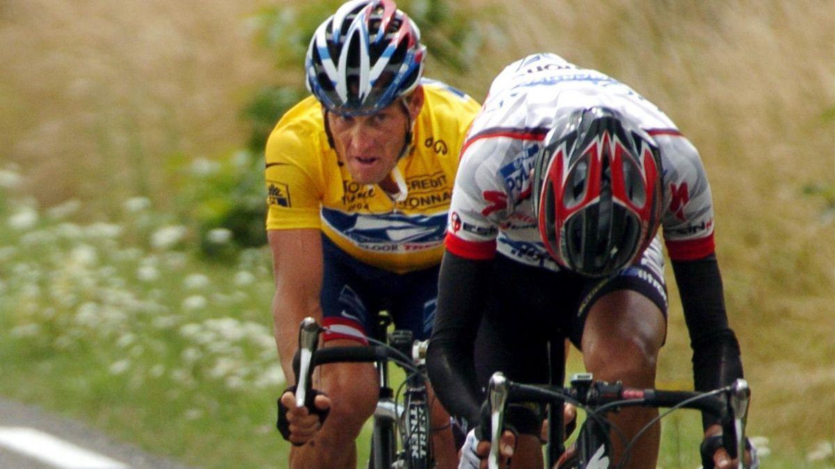 Armstrong şi Simeoni, în timpul Turului Franţei 2004