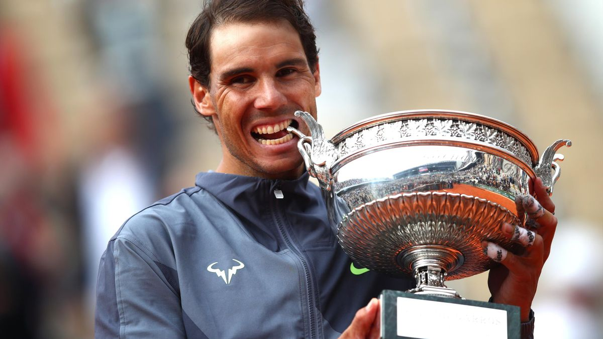 Rafael Nadal celebrating at Roland Garros