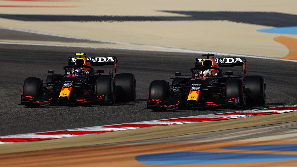 Max Verstappen und Sergio Perez - Red Bull